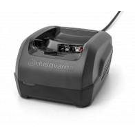 nabíječka baterií QC250